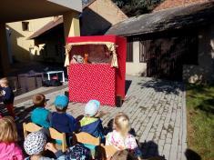 Maňáskové divadlo - Jak se medvídek skamarádil s králíčkem